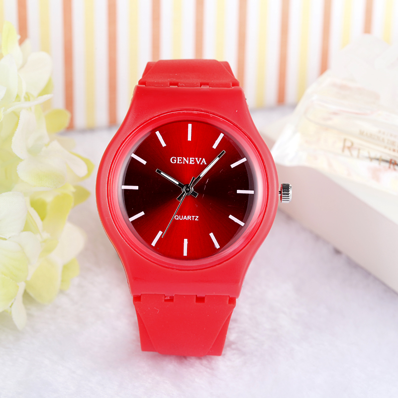 Simple Design Watch 14 Colors Unisex Fashion Silicone Watch