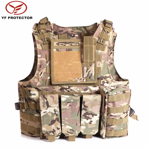 camo multifunction tactical suit with pockets for military