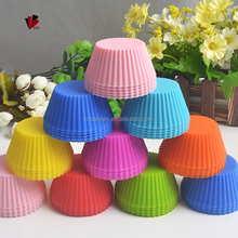 Wholesale 100% food grade silicone cupcake baking mold