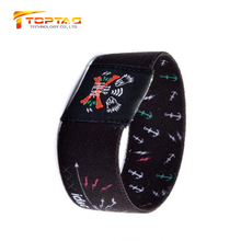 Low price RFID Elastic woven wrist band NTAG213 with chip
