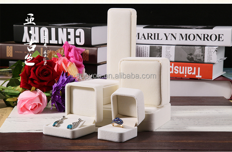 Professional Packaging all colors Custom Jewelery Box