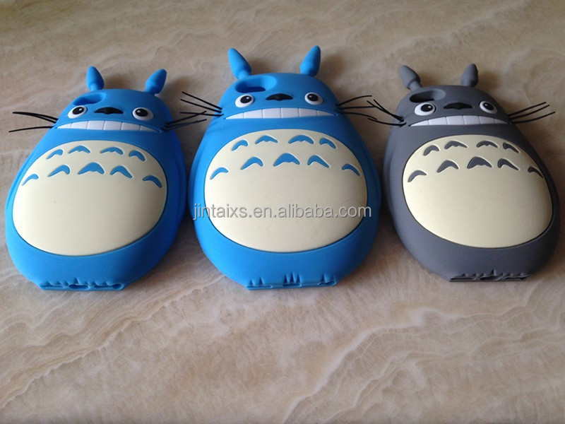 silicone rubber cellphone case with totoro cartoon pattern