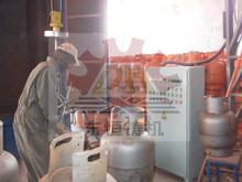 Europe Standard Shot Blasting Cleaning Machine/Gas Cylinder Shot Blasting Machine, Abrasive Blast and Paint Machine with CE
