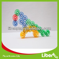 Novel Creative Plastic Interlocking toy blocks with factory price