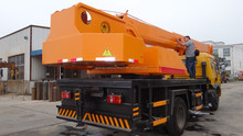 12 ton China tire Truck mounted crane