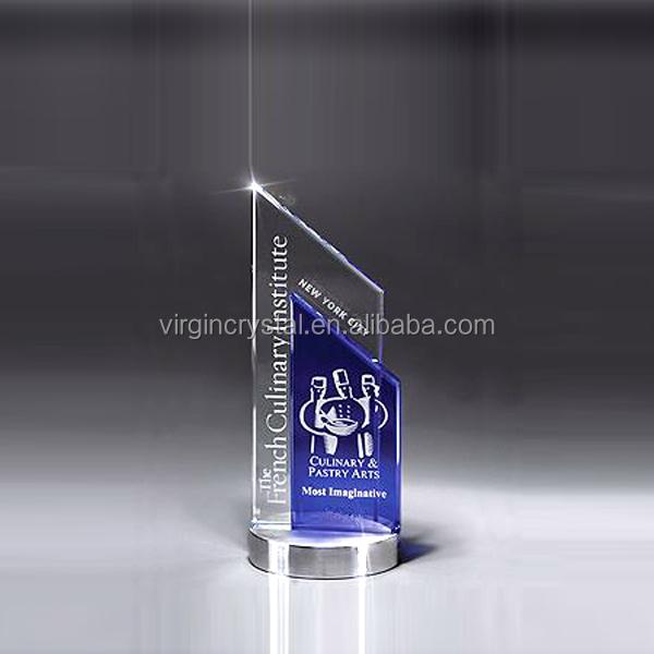 Unique Design Elegant Crystal Trophy Award For Special Gifts
