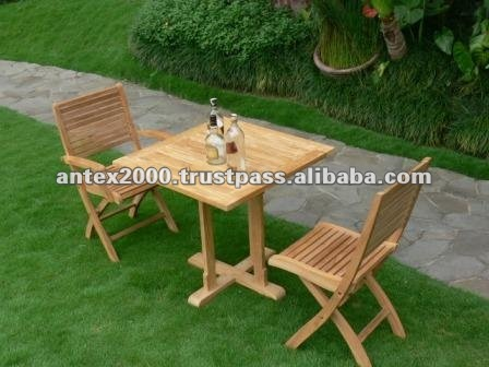 Romance Set in teak wood with 2 folding chairs