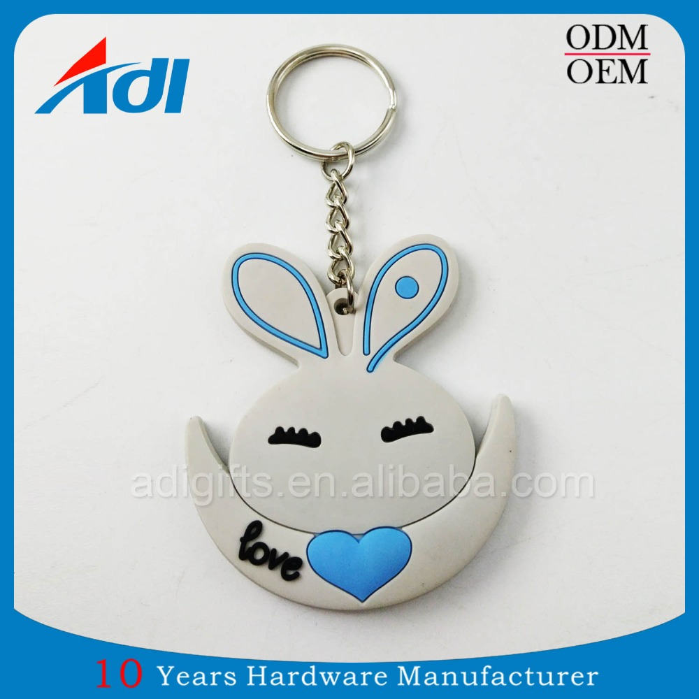 custom high quality plastic bunny rubber keychain for sale