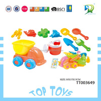 Factory can offer free sample summer water toys funny beach set toys from Shantou toys
