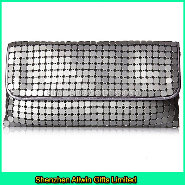 Lady Metal Mesh Evening Bag with Chain