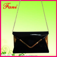 Envelope shape PU leather shoulder bag with chain design for women