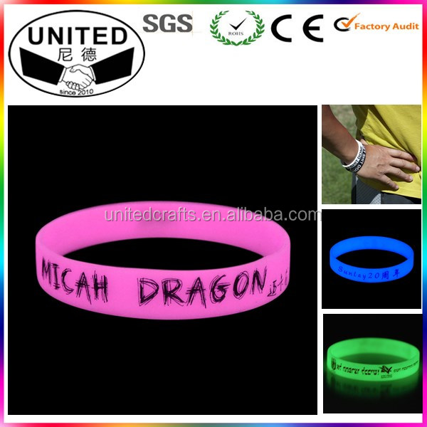 Different Color Fluorescent Glowing Silicone Bracelet