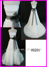 2014 guangzhou glamorous real strapless white/ivory taffeta A-line wedding gown/bridal dress with black ribbons sash/belt V0201