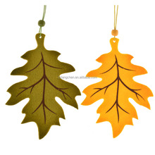 Autumn decorative paper maple leaf hanging