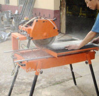 Stone cutting machine, wet saw tile cutter
