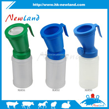 2016 NL925 Ningbo Newland hot sales new type plastic teat dippers for calf cow cattle