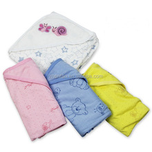 high quality comfortable embroidery baby blanket