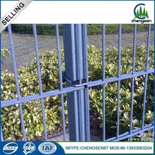 rubber coated welded wire mesh fence