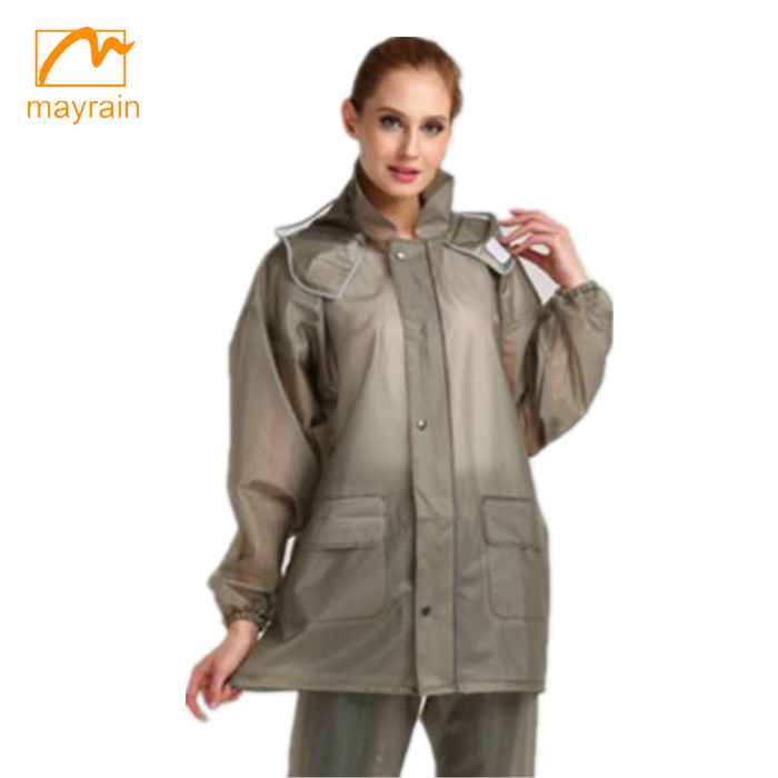 Fashional designed waterproof pvc rainsuit