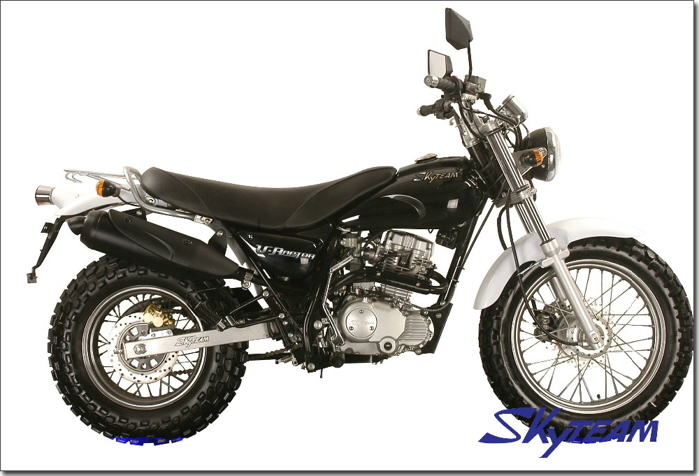 "SKYTEAM V-Raptor 125cc 4 stroke on road motorcycle (EEC Euro III EURO3 Approved 120/80-18"" / 180/80-14"")"