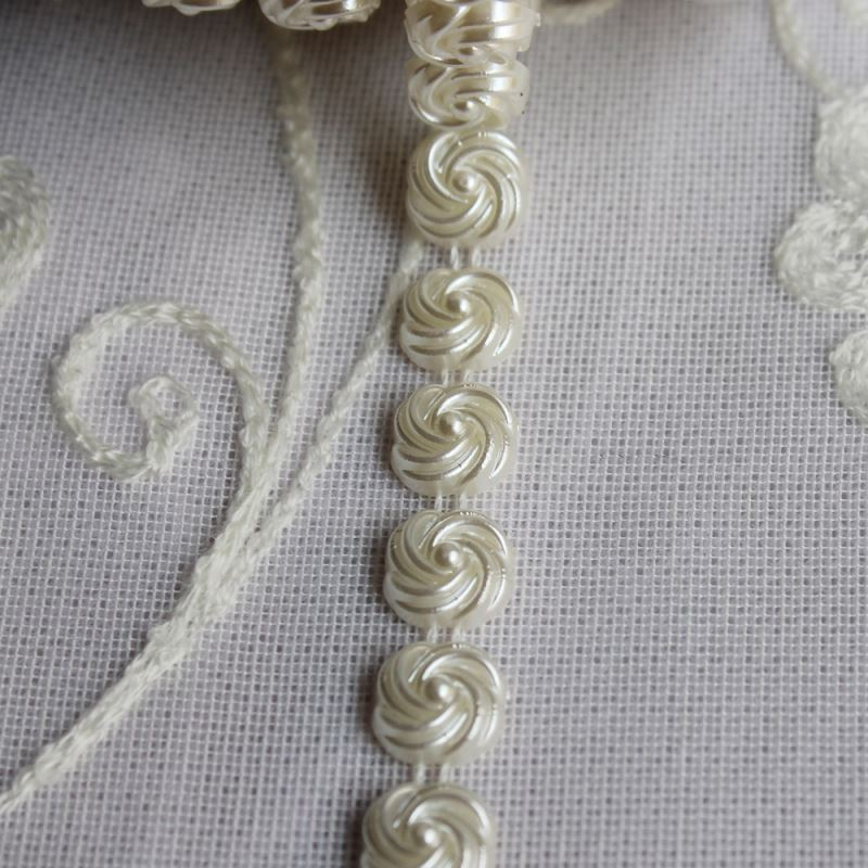 wholesale fashion 11MM flower white fake Pearl beaded sash lace trimming for wedding dress/garment diamond ribbon accessory