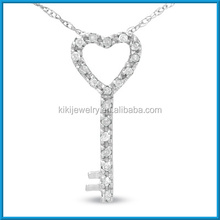 China supplier 10k white gold heart and key pendant necklace