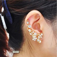 2015 hot sale crystal butterfly flower cuff stud earrings