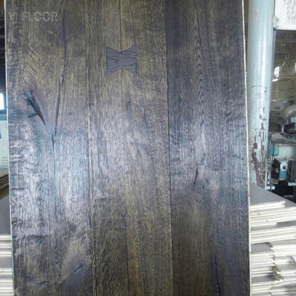 Oak Engineered Depressed 3 Layer 1 Strip Plank Timber