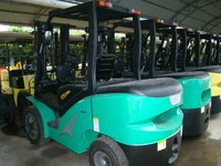 Hot Selling!!1.5 ton lift capacity diesel engine forklift truck for sale