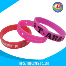 promotional recycled silicone wristband with Complete design