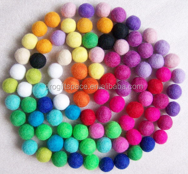 free shipping 2017 hot new products 15mm mixed color 100% wool felt <strong>balls</strong> for rug coaster placemat gift DIY home decorations