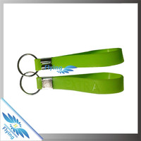 Wholesale Fluorescence Color key chain/soft pvc princess pvc key ring/silicon keychain