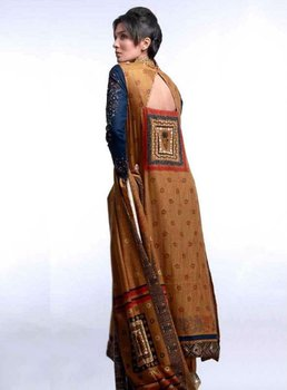 Pakistani Ladies Dresses At WholeSale Price By PakiFabrics.Com