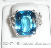 18K White Gold Blue Topaz Gemstone Ring with Studded Diamonds