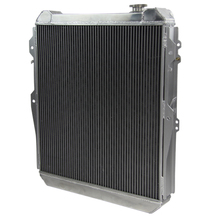 AT MT aluminum radiator core for HOLDEN
