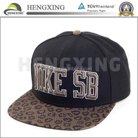 Top 10 custom fashion factory snap back hats with leopard brim