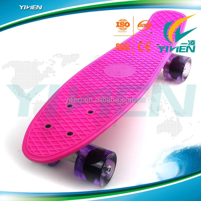 22 inch mini cruiser 4 PU wheel skate board