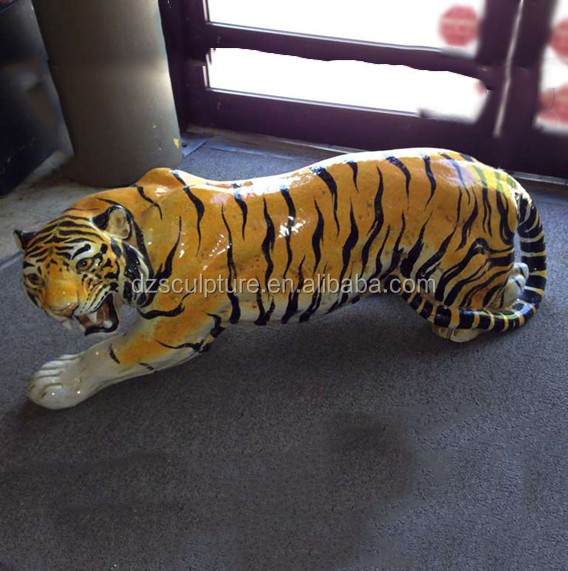 Hot sale lying fiberglass roaring tiger statue for garden and park decoration