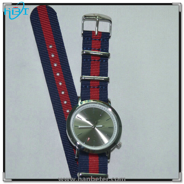 Good price sports style fabric nylon/genuine leather strap stainless steel back watch