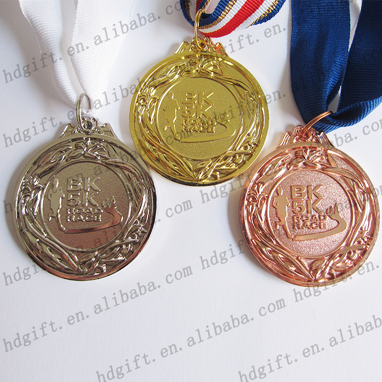 BK 5K Road Race Custom Trophy Winter Running Race Sport Metal Medal Promotion Souvenir Gifts