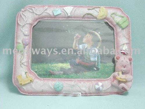 lovely hot sale resin baby picture frame for gift