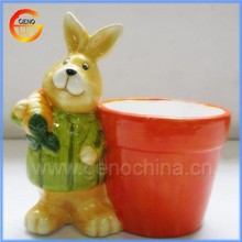 Customed flower pot with ceramic easter bunnies