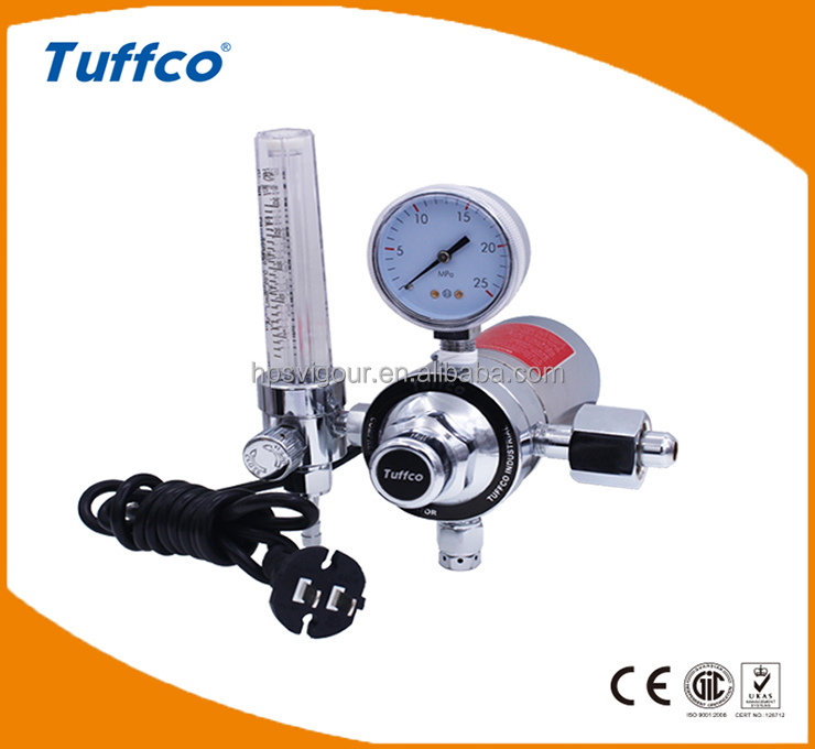 CO2 electrically heated pressure regulator with flowmeter
