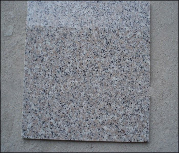 Granito natural de baldosas de cer mica roja alicatados for Precio colocacion piso ceramico