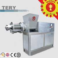 Turkey meat deboning machine for making MDM meat pie making