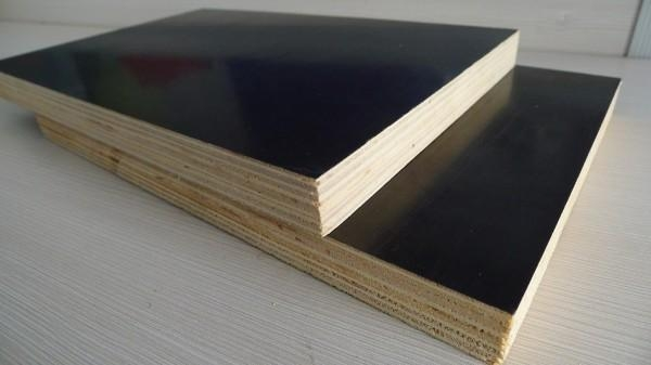 Black color Antislipe film faced plywood for concrete formwork