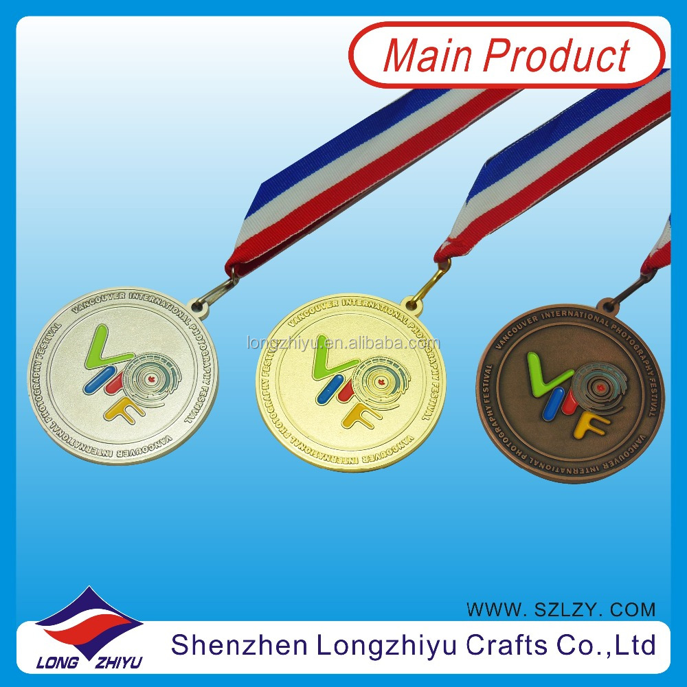 OEM wholesale cheap gold silver bronze fiesta medal