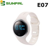 2016 trending products smart silicone IP67 waterproof wristband E07 round smart wristband ce rohs electronic tracking bracelet