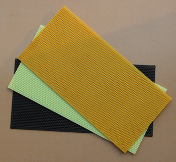 Equipment tools bee keeping factory directly supply plastic bee comb foundation and plastic foundation sheet