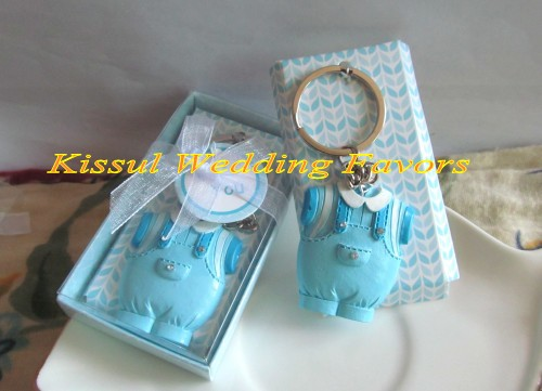 Wedding gift for guests Love birds Ceramic Salt and Pepper Shakers Wedding favors